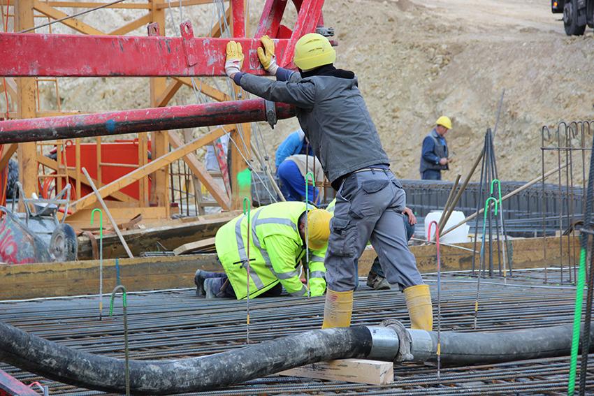 Wer baut Stadt? Das Land mitaufgebaut: Aspekte undokumentierter Arbeit in der Baubranche